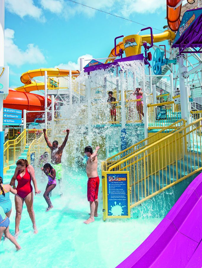 Families Fountain där barn och familjer leker