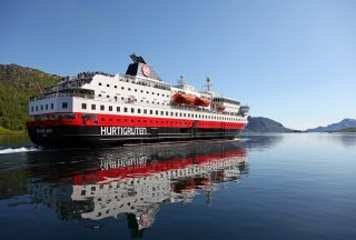 Fartyg, Hurtigruten