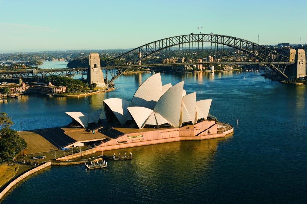 Vy över Sydney och operahuset, i Australien