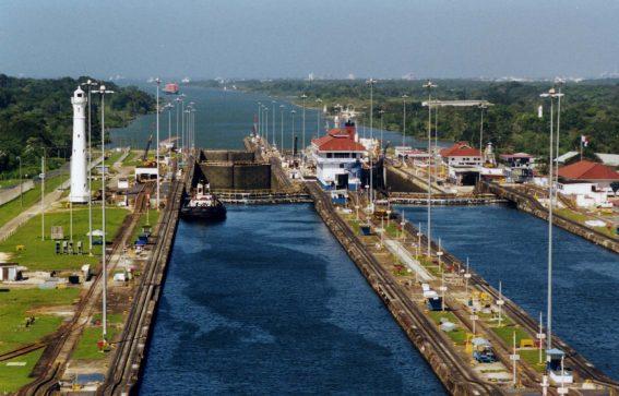 Gatun slussarna i Panamakanalen