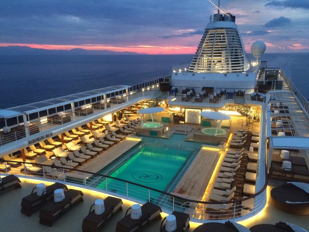 regent seven seas explorer pool