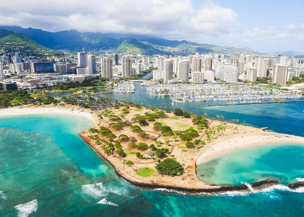 Ön Oahu med Honolulu och Waikiki Beach vy över staden och stranden