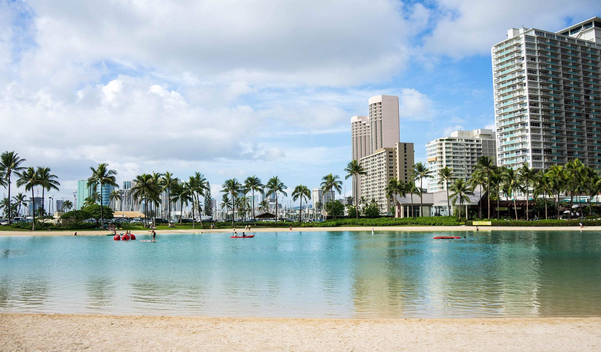 strand och hotell på waikiki-beach