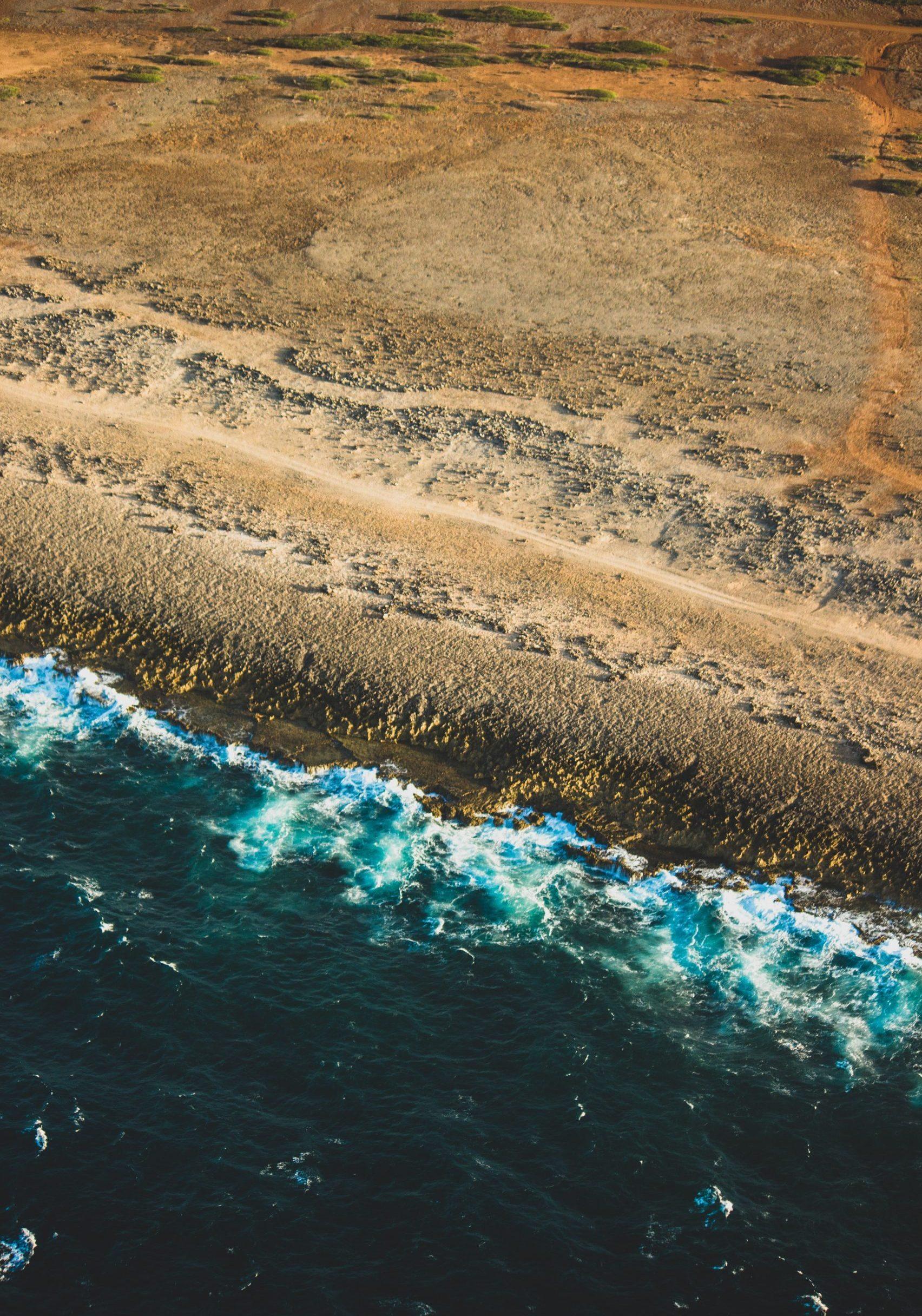 Sandstrand och hav i Curacao