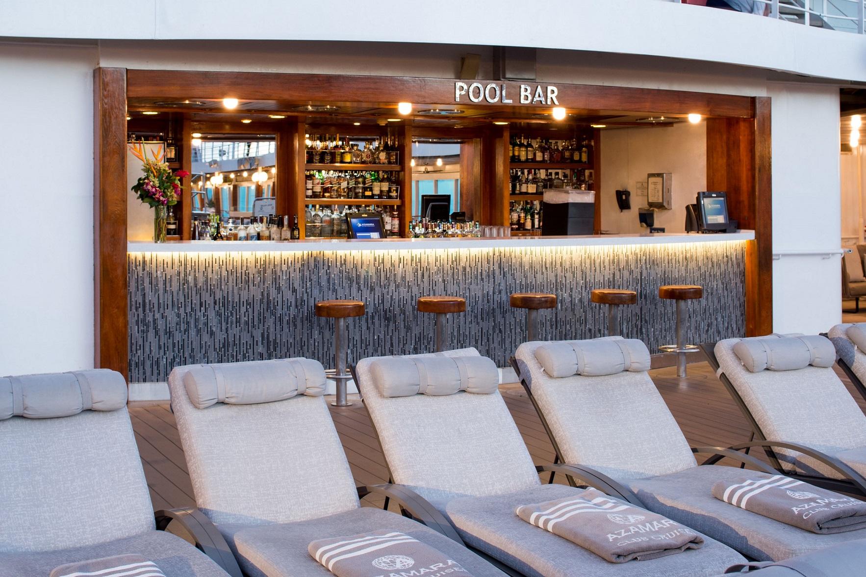 Azamara Journey pool och bar