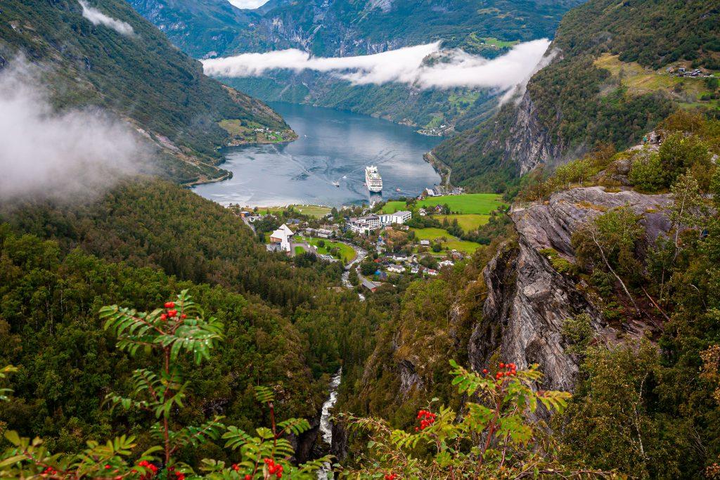 Kryssning till Geirangerfjorden Norge