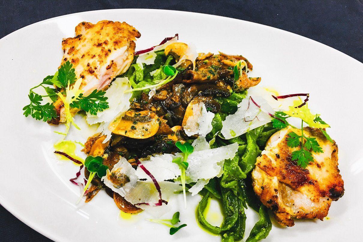 Aqualina Specialty dining