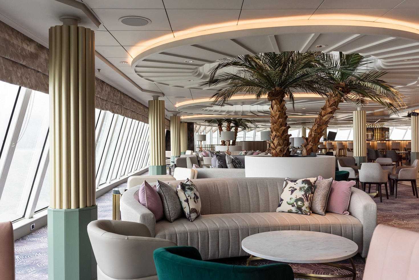 Palm Court ombord Crystal Serenity