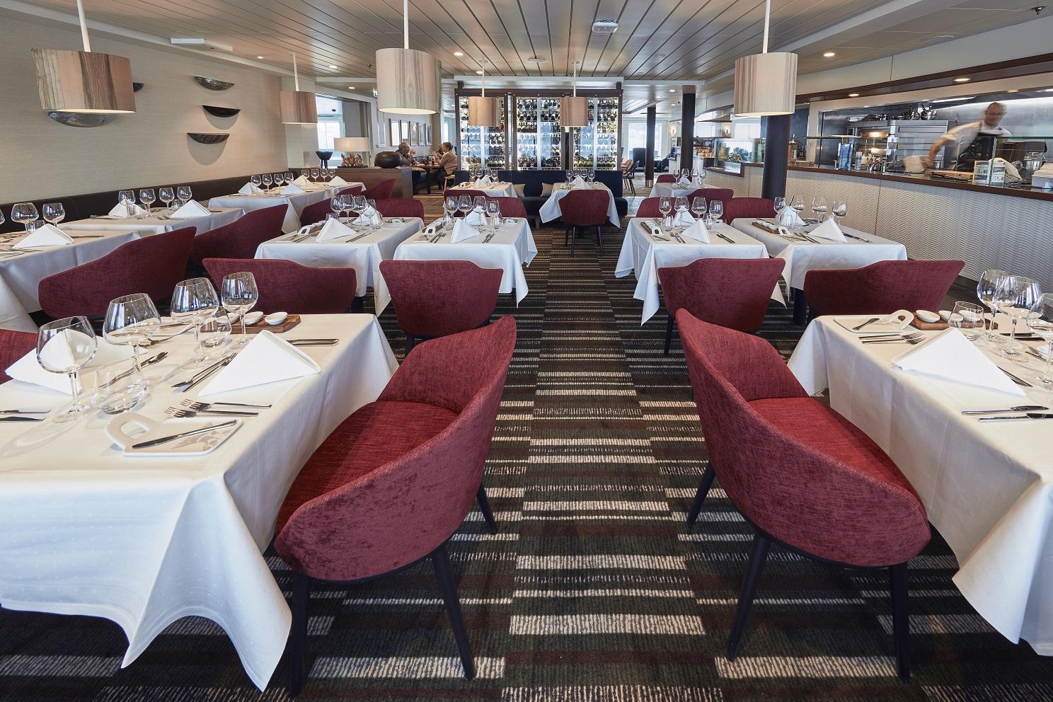 Middagsrestaurang ombord MS Nordkapp, Hurtigruten