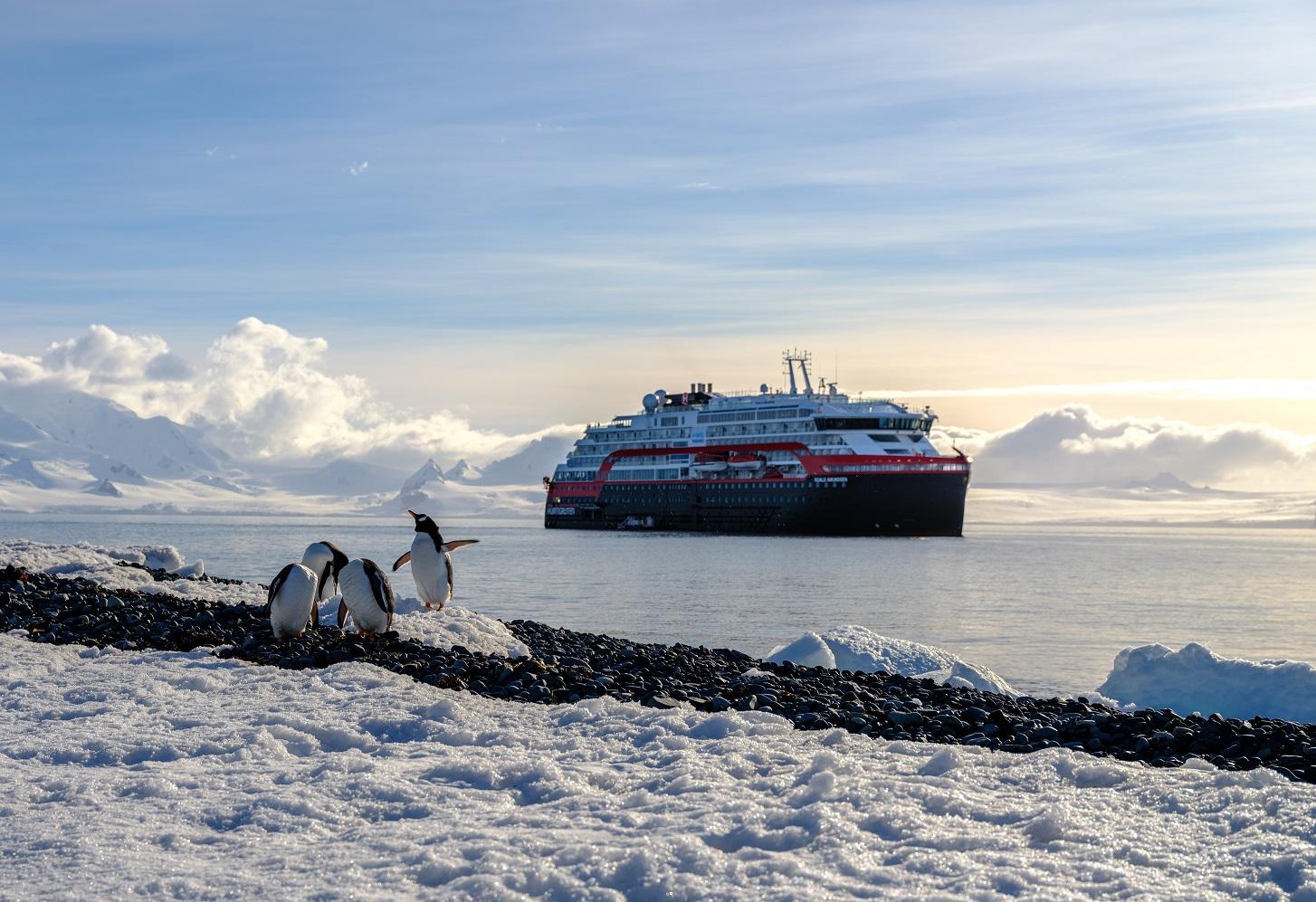Hurtigruten i Arktis