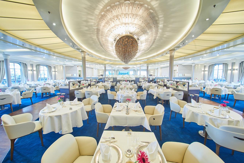 Restaurang ombord MS Europa, Hapag Lloyd