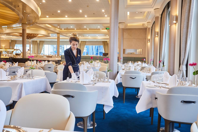 Hapag Lloyd MS Europa restaurang